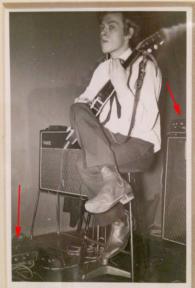 Rolling Stones, Brian Jones with two T60 amplifiers, 1964